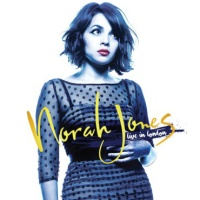 Norah Jones - Moon Song(Live Concert)