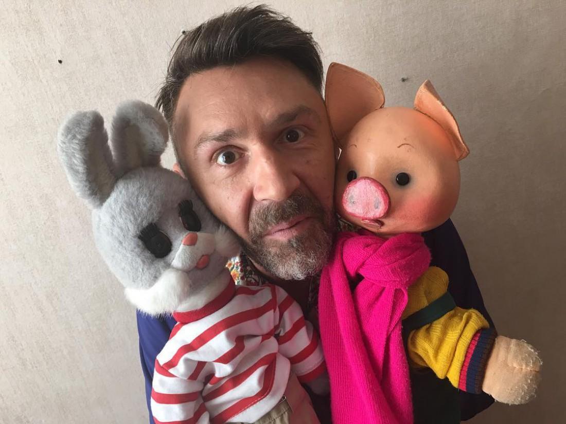 Шнуров записывает альбом для маленьких детей