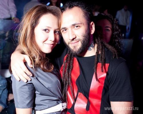 Карина Кокс защищает мужа от Ольги Бузовой